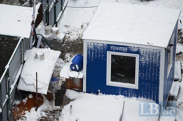 Вид на стройку с крыши дома №7