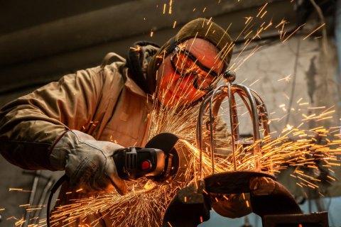 Не спешите избавляться от металлолома. Вот что можно сделать!