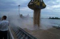 МинАПК намерено заблокировать в портах два корабля с зерном