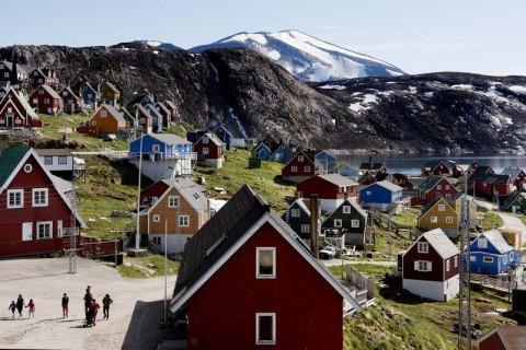 Уряд Гренландії заявив, що острів не продається