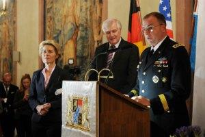 """Генерал НАТО обвинил Россию в """"прямом военном вмешательстве"""" под Дебальцево"""