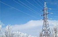 Сильний снігопад знеструмив населені пункти в семи областях