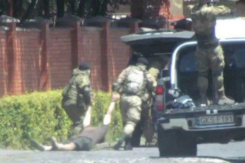 Помер охоронець, поранений бійцями ПС у Мукачевому (оновлено)