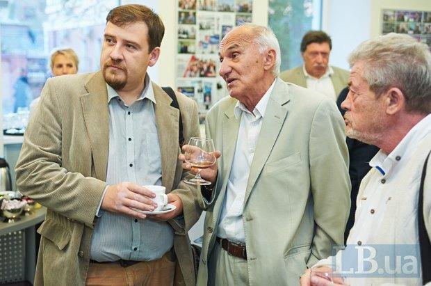 Политологи Алексей Крысенко, Александр Романюк и Валерий Дудко(слева направо)(