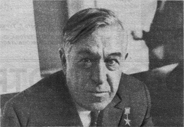 Андрей Снежевский