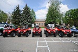 Донецьких прикордонників пересадять на Land Rover і квадроцикли