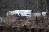 Коморовский призвал Россию передать фрагменты Ту-154