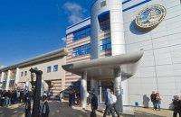 В Одесі співробітника морської академії звільнили через портрет Захарченка в кабінеті
