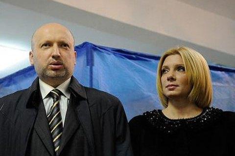 На жену Турчинова напал с ножом житель оккупированной территории (добавлено видео)