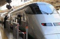 У Японії відновлено рух поїздів