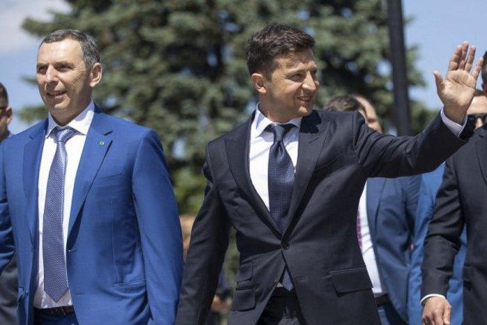 Сергей Шефир и Владимир Зеленский во время инаугурации