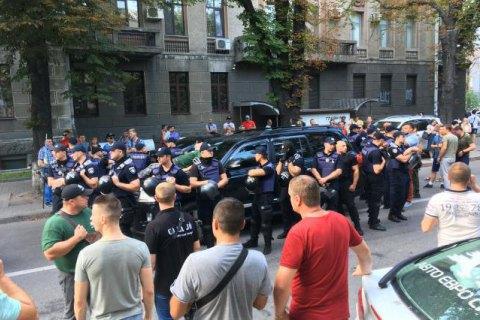 Поліція порушила дві справи через інцидент з автомобілем Пинзеника в Києві