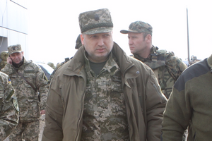 Турчинов поїхав у зону АТО