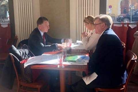 "Тимошенко запропонувала Волкеру формат ""Будапешт плюс"""
