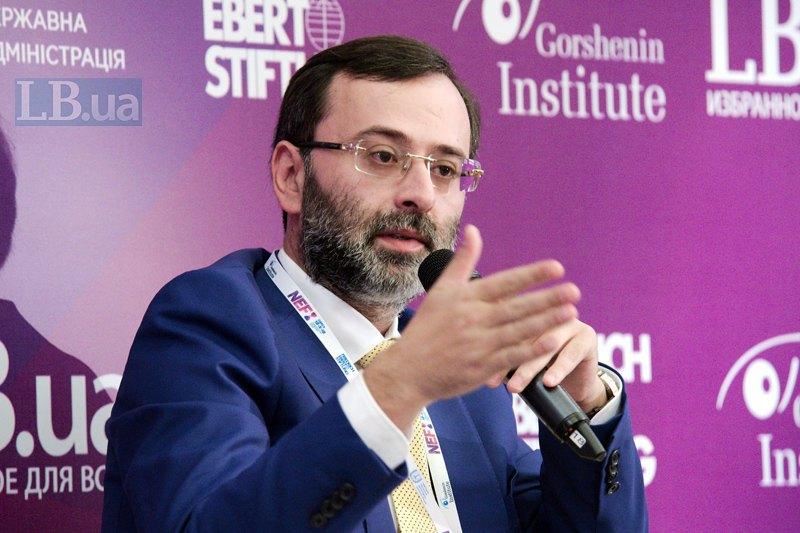 Народный депутат Украины, вице-президент Парламентской ассамблеи Совета Европы (2017-2018) Георгий Логвинский