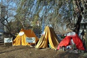 Голодающие чернобыльцы намерены перенести палаточный городок к Донецкому облсовету
