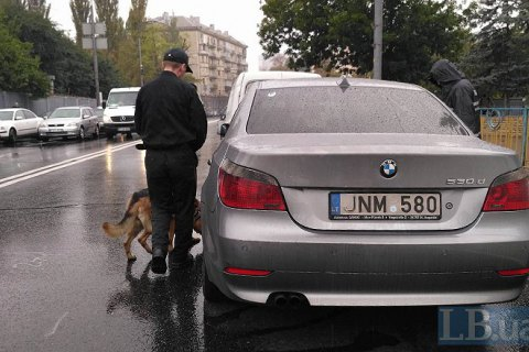 Кабмин предложил решение проблемы машин на еврономерах