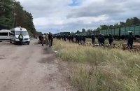 У Львівській області відбулися зіткнення між поліцією і активістами, що блокували вагони з російським вугіллям (оновлено)