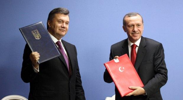 Янукович доволен тем, как складываются отношения с Турцией