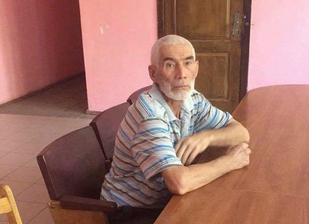 Ярикул Давлатов в здании суда