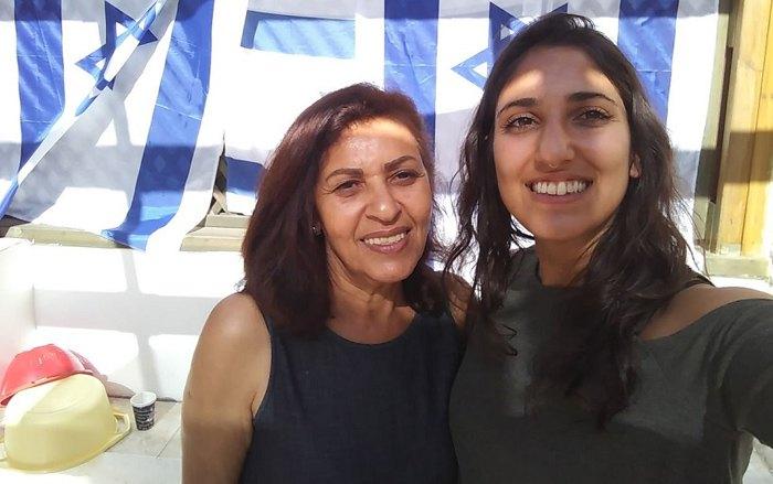 Яффа Иссахар с дочерью Наамой