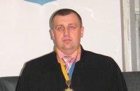 Суддя з Рахова отримав 6 років з конфіскацією за хабар у 10 тисяч гривень