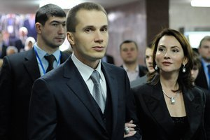 Компания Александра Януковича стремительно ворвалась в число крупнейших