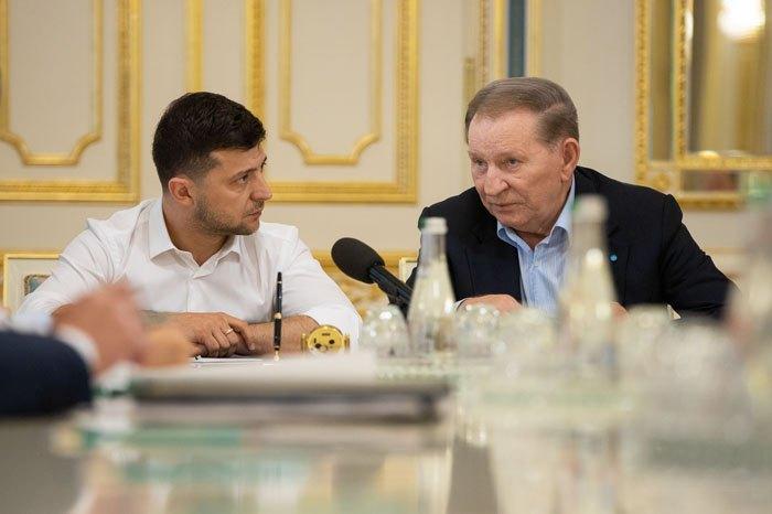 Встреча Президента Украины с членами украинской части Трехсторонней контактной группы по мирному урегулированию ситуации на Донбассе