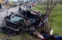 При столкновении автомобиля с автобусом в Ивано-Франковской области погибли 4 человека