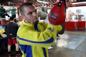 "Украинский боксер отказался от боя с ""Сибирским Рокки"""