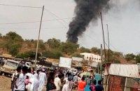 В Судане разбился вертолет с чиновниками, погибли семь человек