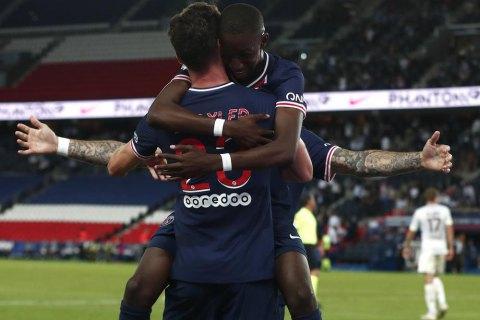 ПСЖ в меньшинстве в компенсированное время одержал первую победу в чемпионате Франции