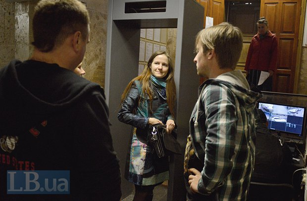 В центре - адвокат Евгения Закревская