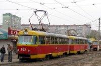 В Харькове под колесами трамвая погибла женщина
