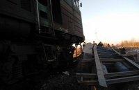 Пасажирський потяг протаранив вантажівку в Івано-Франківській області