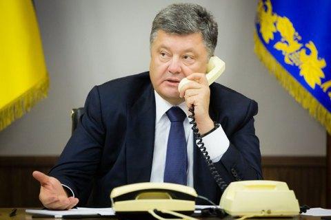 Порошенко розповів Тіллерсону про загострення на Донбасі