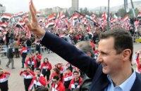 Асад пришел на молитву в центральную мечеть Дамаска