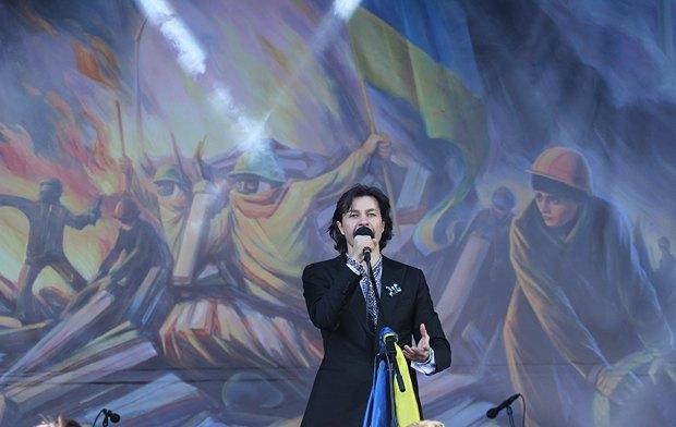 Міністр культури Євген Ніщук під час святкування дня народження Шевченко на сцені Майдана