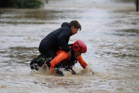 Возросло число жертв наводнения на юге Франции