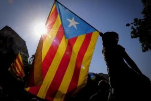 В Барселоне тысячи каталонцев требуют независимости от Испании