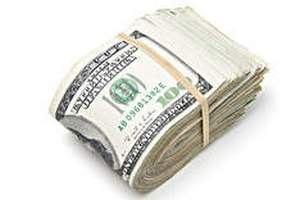 Крымские таможенники изъяли у россиянина контрабандную валюту