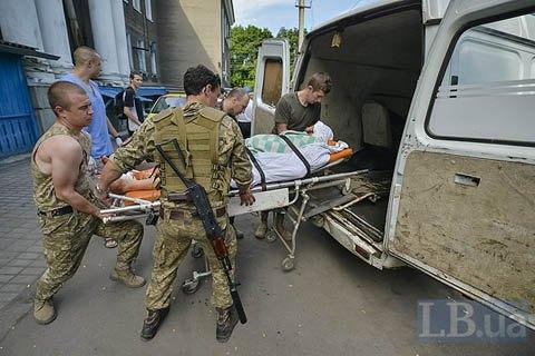 В зоні АТО загинув військовий, четверо поранені (оновлено)
