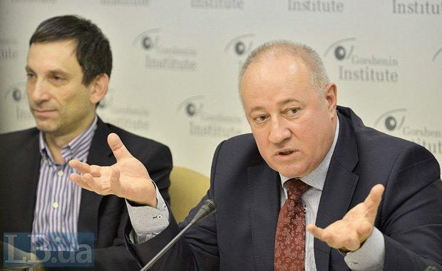 Віктор Чумак (справа) и Віталій Портніков