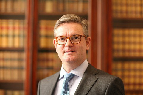 Великобританія визначилася із заміною єврокомісара, який подав у відставку