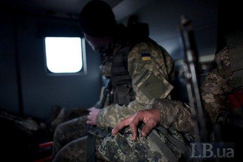 С начала суток на Донбассе ранены два украинских воина
