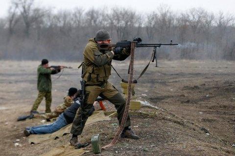 Боевики 35 раз обстреляли позиции военных на Донбассе
