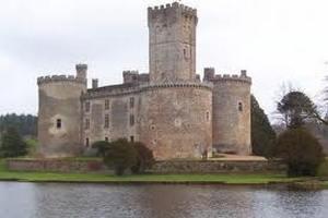 Стародавні замки Європи здають в оренду