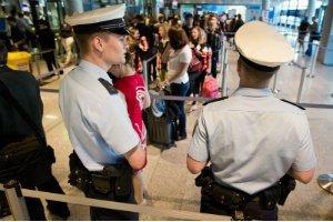 У Берліні через загрозу вибуху евакуювали міжнародний аеропорт