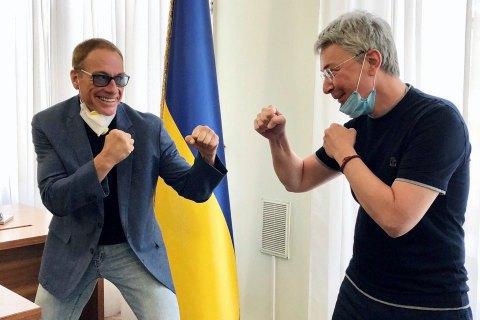 Netflix снимает первый фильм в Украине, среди актеров - Ван Дамм