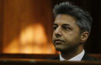 В ЮАР судят миллионера, подозреваемого в убийстве жены